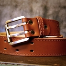 belt_casual_dvojty_stitched_cognac_roll_on_maschine_vignette.jpg