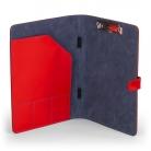 červené kožené desky, vnitřek