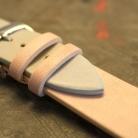 Kozeny Reminek Pure pro Apple Watch Ruzovy Detail