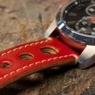 RACER - P1140689 - detail - watch - 1080 x 1080 px.jpg