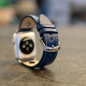 Reminek Racer pro Apple Watch Cely Pohled